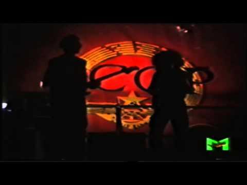7. CCCP Fedeli Alla Linea Radio Kabul - Live a Torino 1987 (VideoMusic)