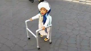 Les bébés et les enfants les plus drôles - Il est temps de rire extrêmement fort!