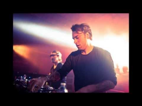 Axwell & Sebastian Ingrosso  Roar Walt Disney Records