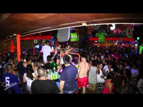 Discoteca Capitolio TODOS LOS JUEVES FIESTA DE LA ESPUMA