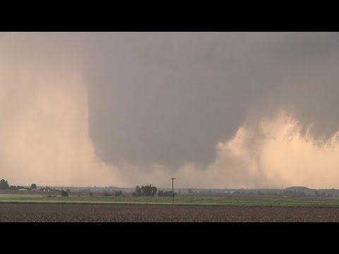 Dodge City, KS Tornadoes & Chaser Masses - 5/24/2016