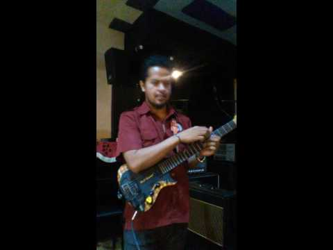 OVER 6 M views on Facebook Route 66 Balawan Singing and playing at once