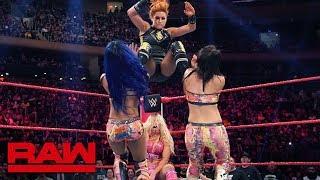 HINDI - Becky Lynch & Charlotte Flair vs. Bayley & Sasha Banks: Raw, Sept. 10, 2019