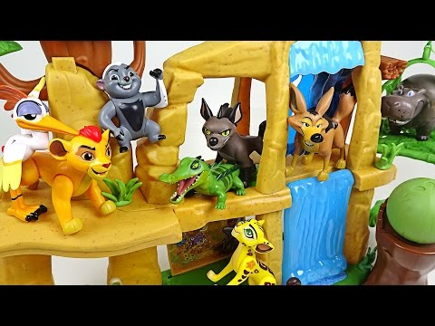 Thumbnail: The Lion Guard! Protect the land of the sun that the hyenas and wolves invade! - DuDuPopTOY