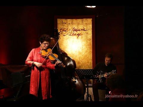 Françoise Derissen Trio - The Music Village