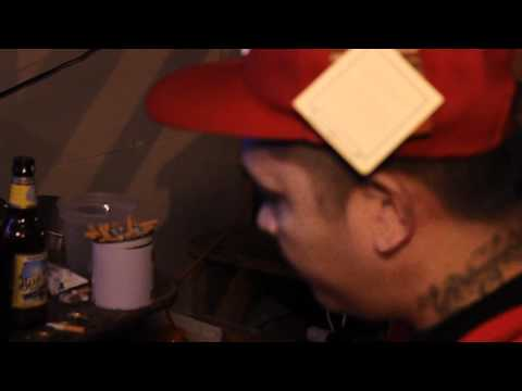 Estranghero (Feat. Mike Kosa) - Mahiwagang Usok (Mild High Video)