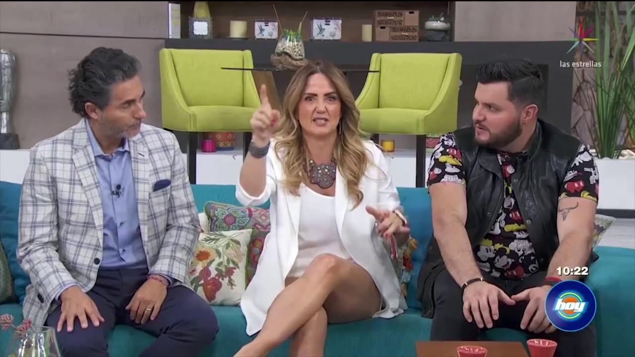 Andrea Legarreta hot legs - Hoy - 05/23/19 - YouTube