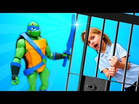 Черепашки-ниндзя— Сплинтер и битва черепашек. Ищем Шеф-повара— Супергерои