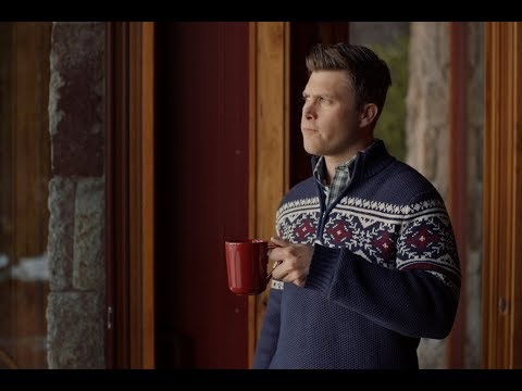 IZOD Holiday 2018   IZOD Sweater Of The Future Featuring Colin Jost & Aaron Rodgers (Directors Cut)