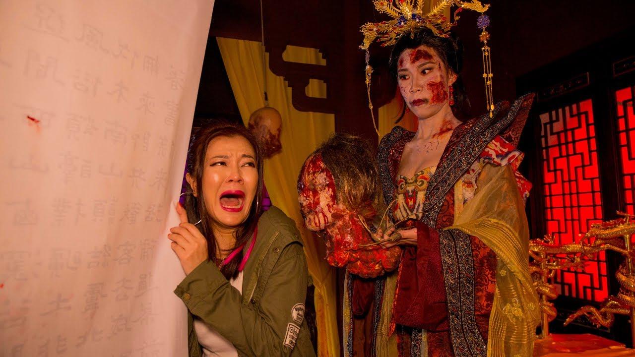 ah lian goes to halloween horror nights 7 | lim bu not scared! - youtube