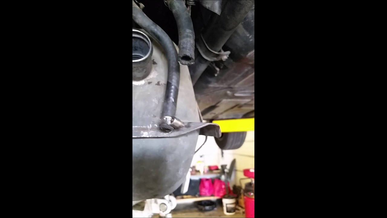 fiero fuel pump part 1 [ 1280 x 720 Pixel ]