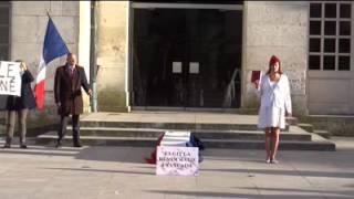 Enterrement de la démocratie à Bourges