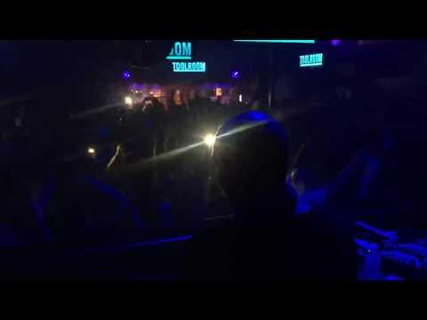 Rene Amesz live at the Egg London