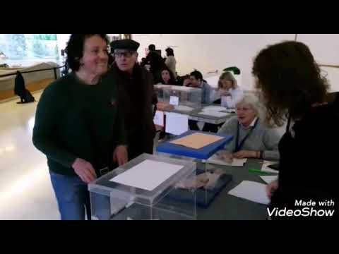Abren os colexios electorais en Galicia