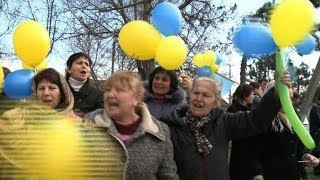 Crimean Tatars protest against