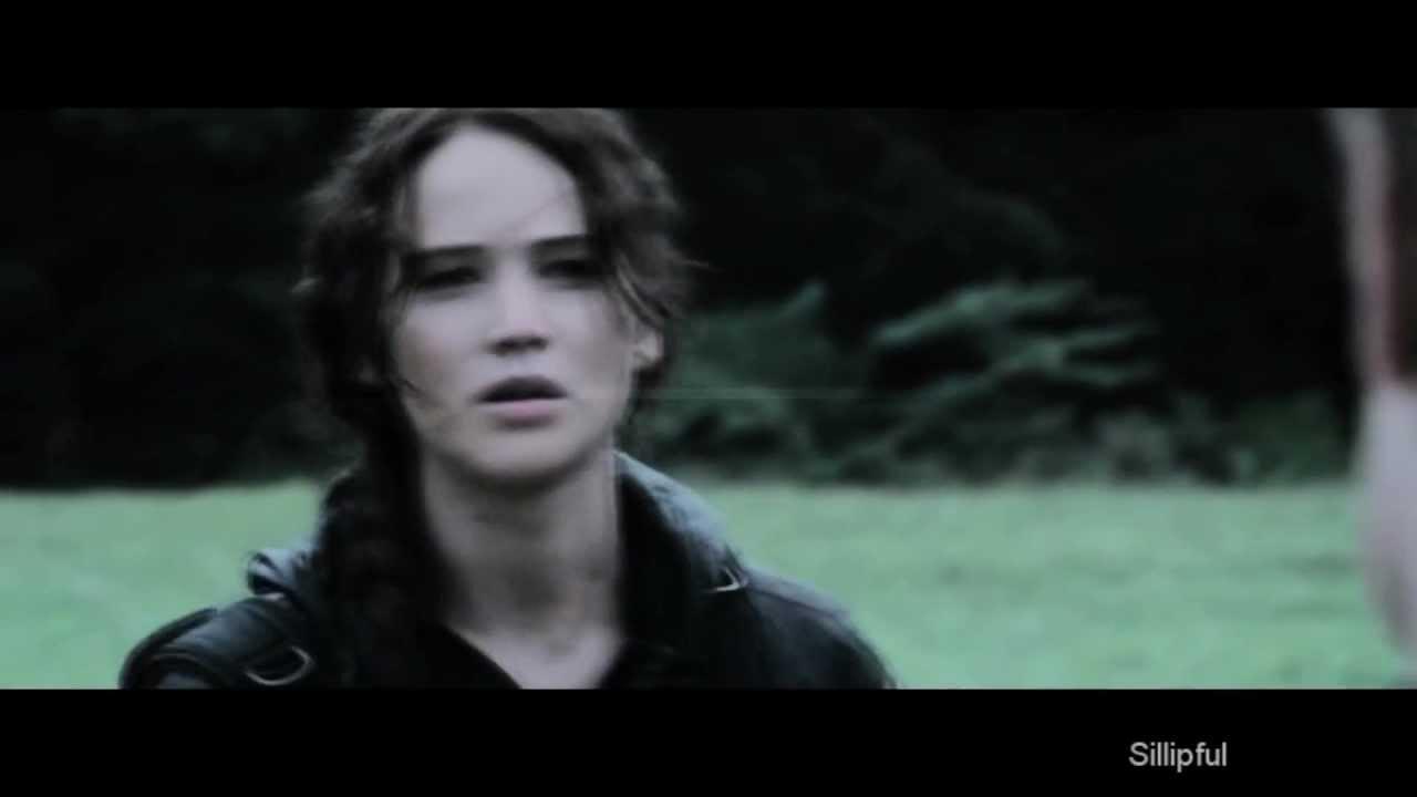Katniss & Peeta - What's left of me - YouTube