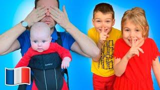 Cinq Enfants jouent à cache cache