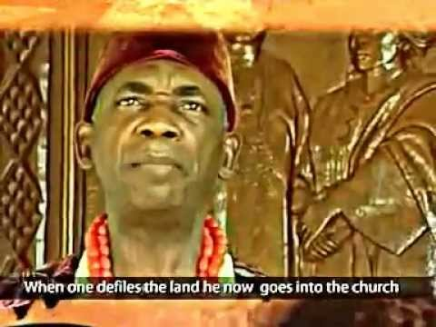 Chief Akunwata Ozoemena Nsugbe performs Omenana