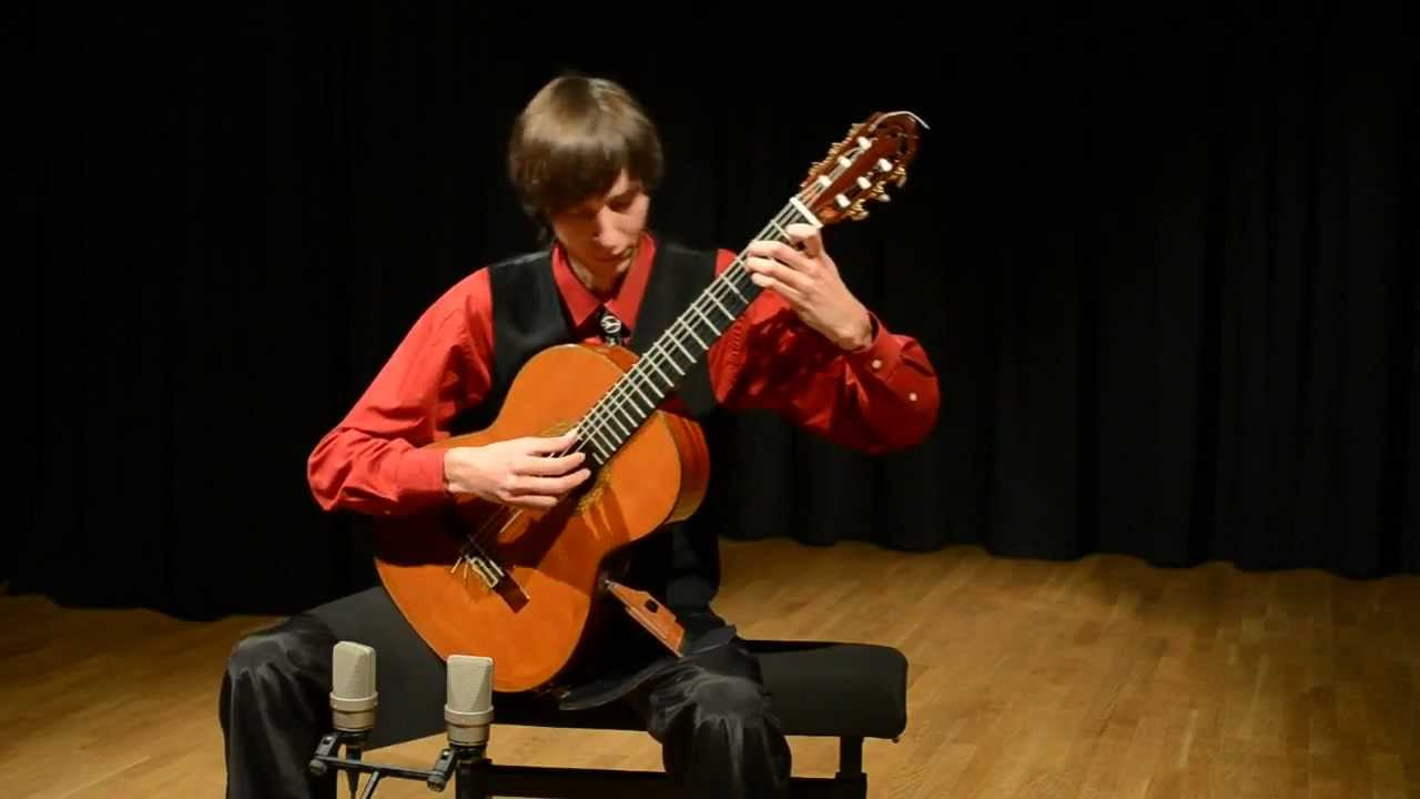 Classical Guitar - Kyrylo Shchyptsov plays Sonata