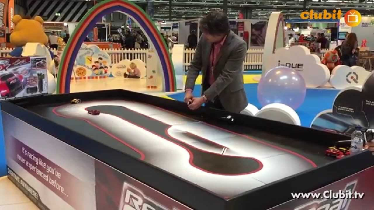 Real FX Racing Artificial Intelligence Toy Race Cars - YouTube