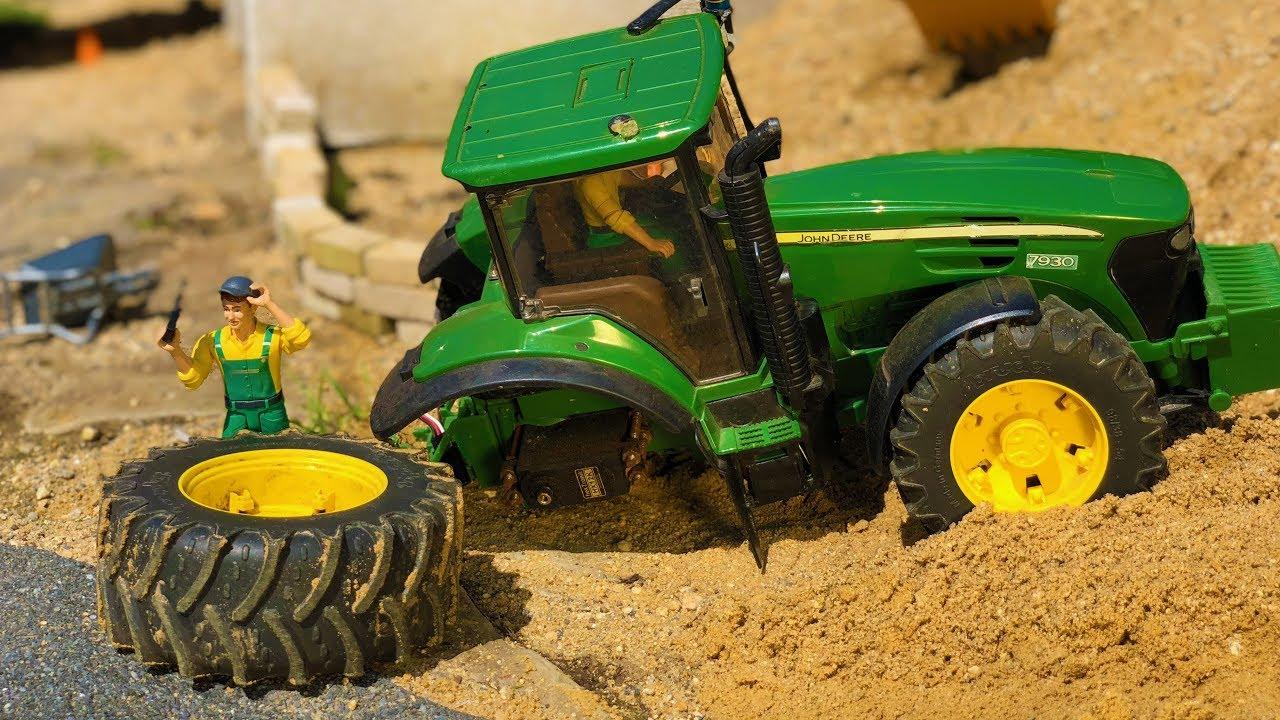 Tractor Broke Down : Tractor broken down bruder toys lost wheel
