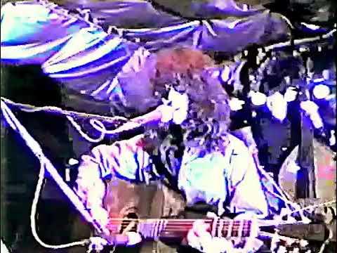Morita Douji 森田童子(本人) 生ライブの映像   ぼくたちの失敗 みんな夢でありました 雨のクロール 他。。。。