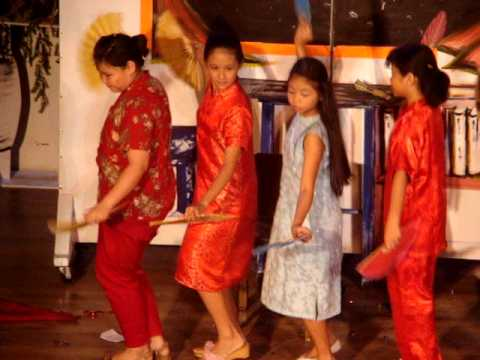 Paco Catholic  School Chinese dance in Dalawang Maria