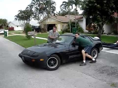 1984 porsche 944 5 speed pushing to side yard youtube. Black Bedroom Furniture Sets. Home Design Ideas