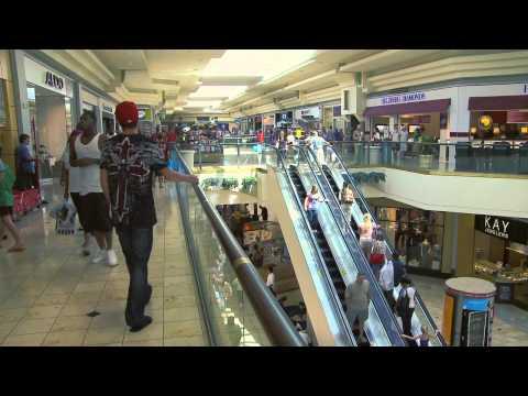 Explore Tulsa - Woodlandhills Mall