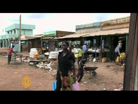 Sudanese border towns split by conflict