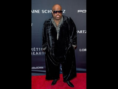 World News-CeeLo Green Gets Messages of Concern Over Video Showing Exploding Phone  -News
