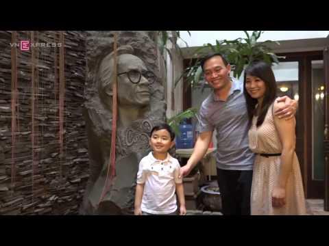 Evan Le về thăm nhà Trịnh Công Sơn (VnExpress)