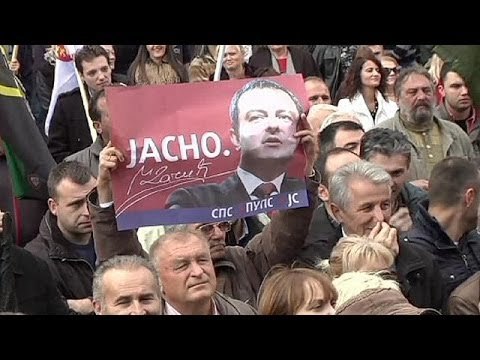 Ivica Dacic en visite à Mitrovica avant un scrutin sous haute tension