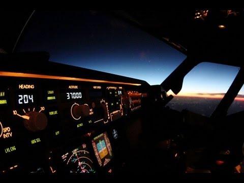 Commercial Pilot Wallpaper Hd Life As An Airline Pilot Youtube