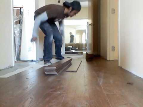 Colocacion de piso laminado youtube - Colocacion suelos laminados ...