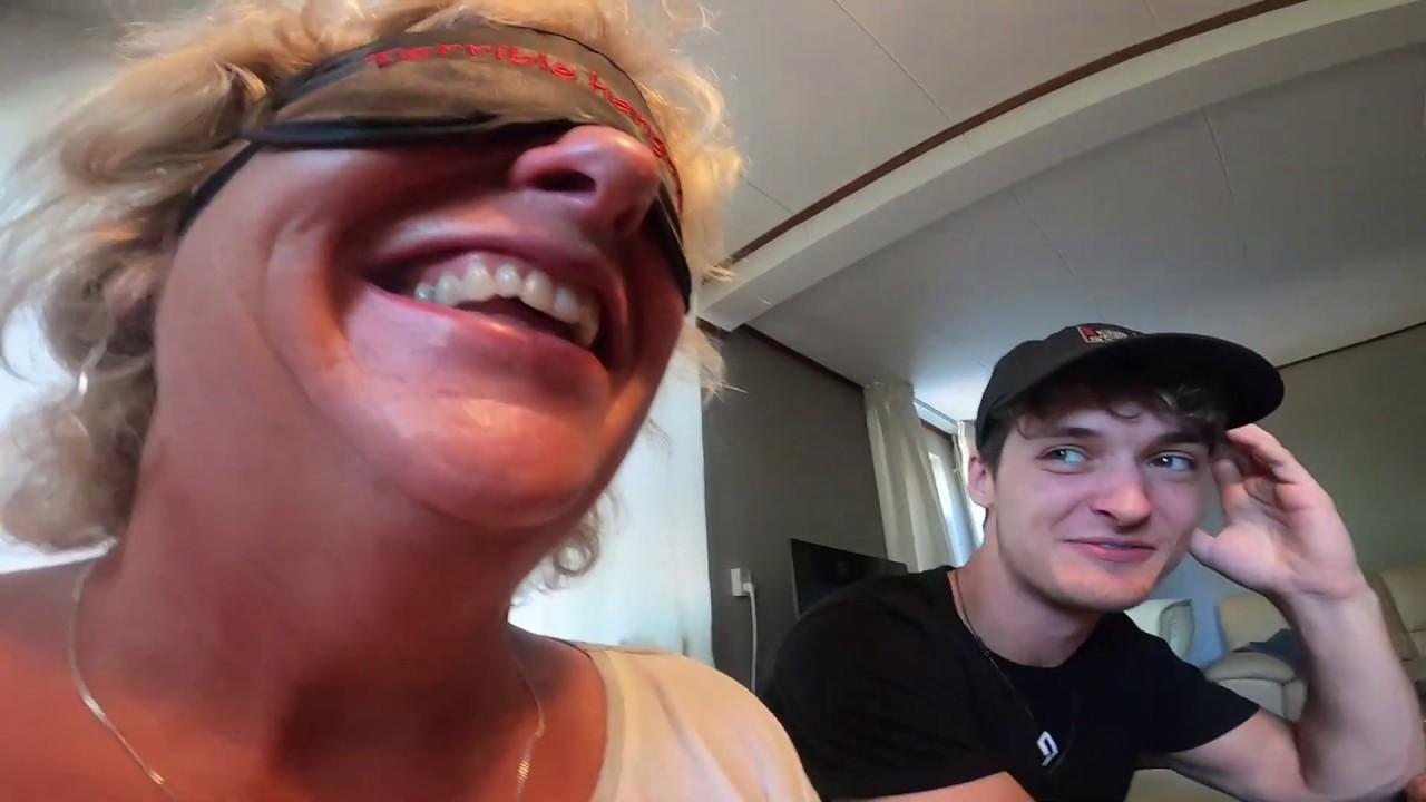 RAAD HET ETEN CHALLENGE **BLIND** - Broeders met Moeders