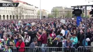 В Венгрии прошел митинг против закрытия университета Сороса