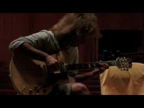 Pat Metheny playing