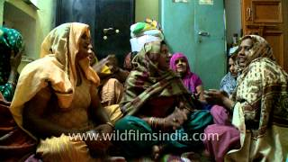 Ladies singing regional songs on Choti Diwali...