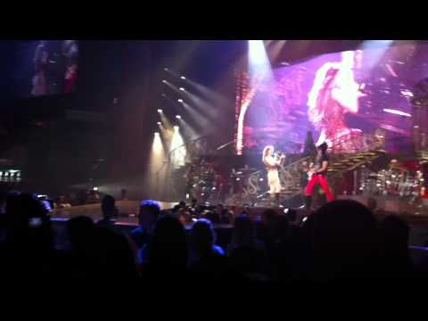 (WHOLE SONG) Taylor Swift - Sparks Fly Atlanta 2011 Opening Song