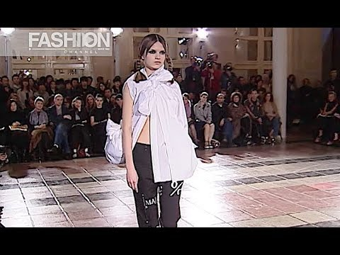 COMME DES GARCONS Fall 2003 2004 Paris - Fashion Channel