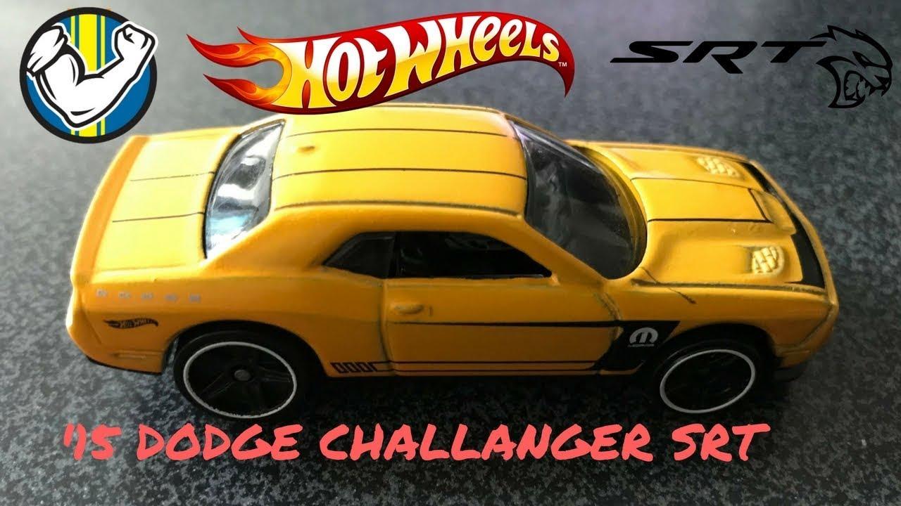 2018 Hot Wheels '15 Dodge Challenger SRT Yellow Muscle Mania
