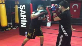 Gambar cover üsküdarda kick boks dünyası