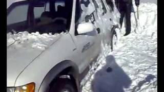 видео На авто через сугробы