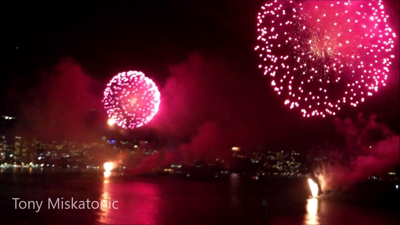 Fuegos Artificiales Juegos Pirotecnicos Acapulco 2017 Fin De Ano