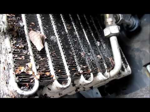 1996 Nissan Pickup - Cleaning Evaporator Core