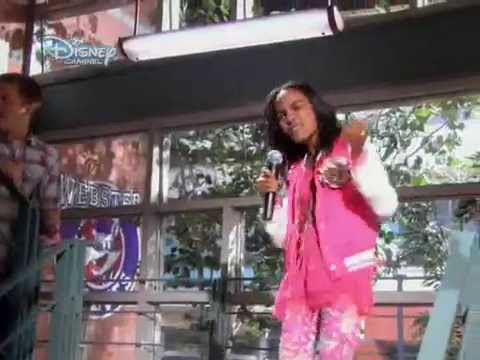 Disney karaoke buli [Disney Channel Hungary]
