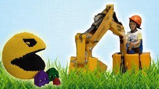 Илюшка научился управлять бульдозером. Путешествие на выставку Лего LEGO. Отель Мисс Кэти. Дети.