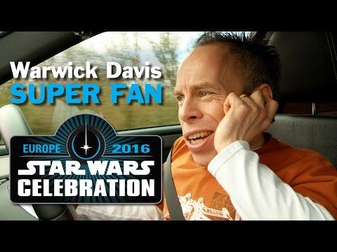Warwick Davis: Super Fan