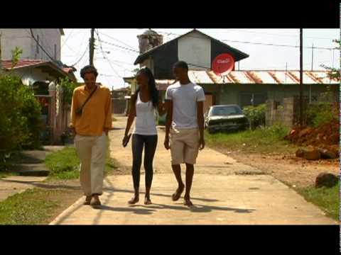 El sueño de Piter - Cine al aire libre 2011 - Cortometraje Panamá Videos De Viajes
